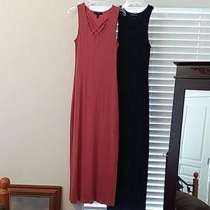 Bundle of 2 derek heart dresses